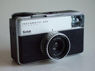 Kodak_Instamatic_233