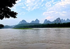 Nearing the arrival destination of Yangshuo, some 100 kilometers downstream from its much larger neighbor Guilin.