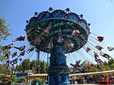 The sublime Swinging Chairs at Zhongshang Park, Qingdao, China.