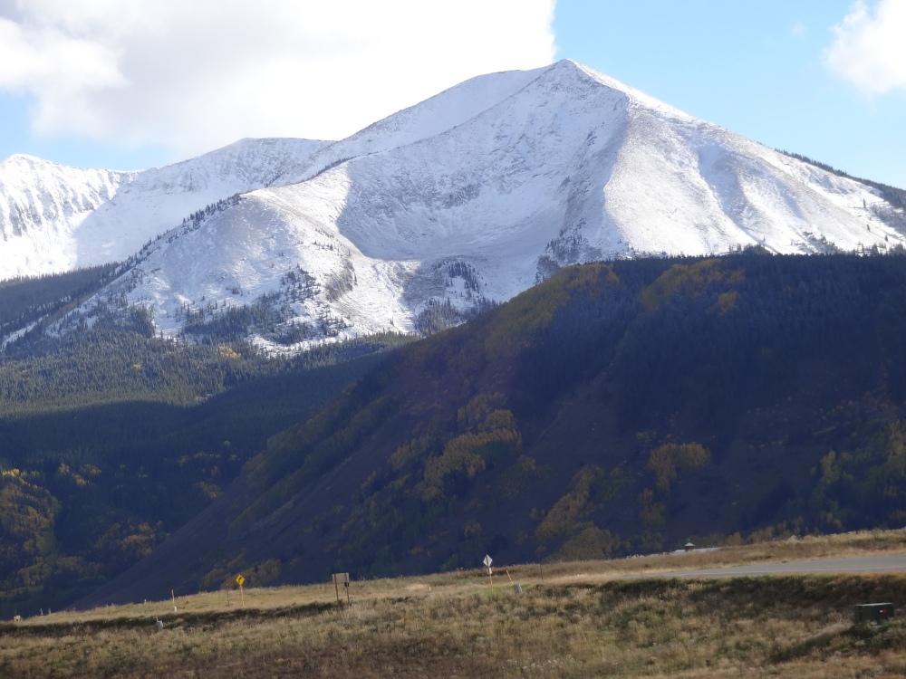 The Last Great Colorado Ski Town (2/6)